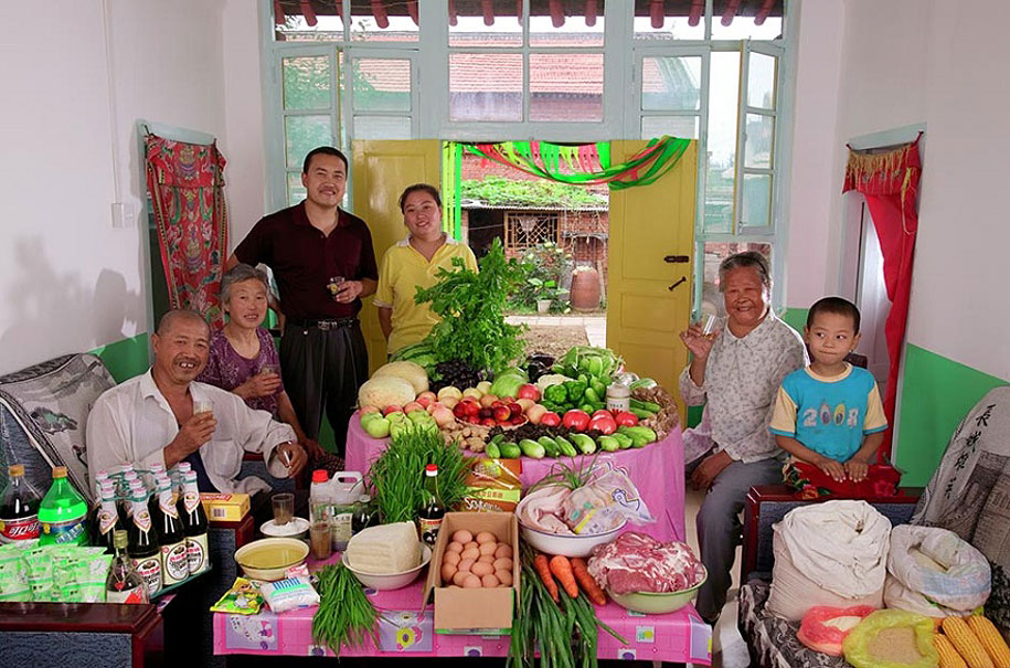 China, Weitaiwu: The Cui family spends around $65 per week.